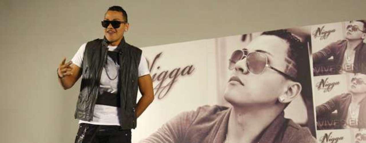 Félix Danilo Gómez, mejor conocido como Nigga, se mostró bien contento a la prensa, durante la presentación de su más reciente producción discográfica titulada \