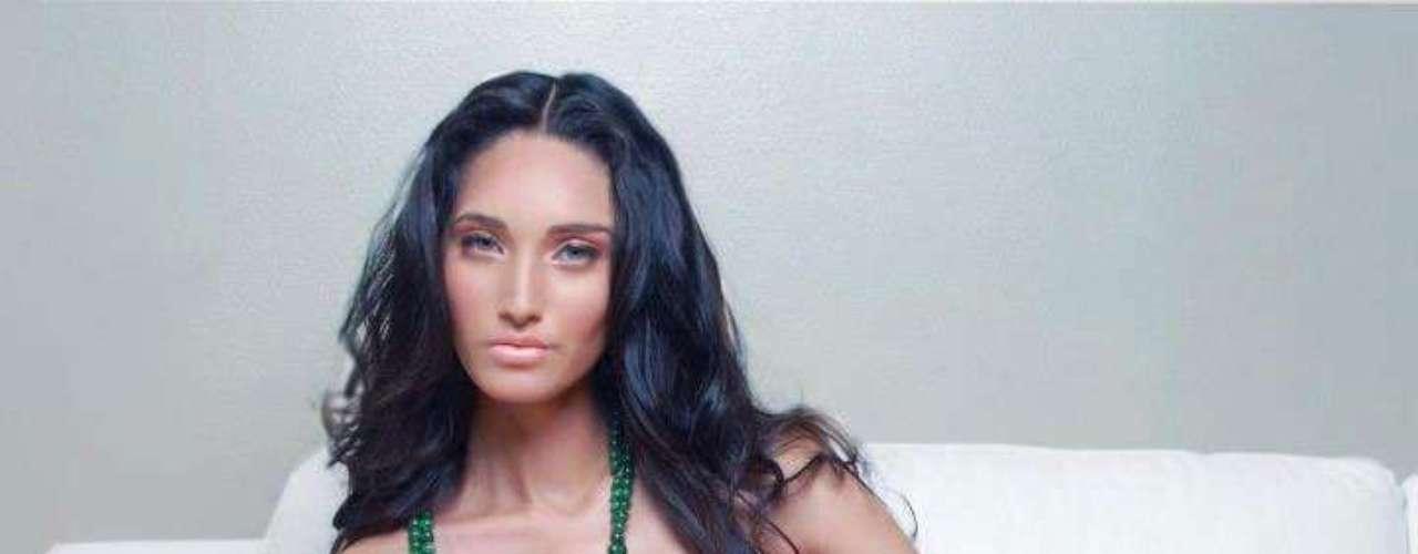 En cuanto a Miss Toa Alta, Ariana Díaz ha sido calificada por los expertos en belleza como una de las mujeres que podría dar una sorpresa durante la noche de coronación, debido a su creciente popularidad.