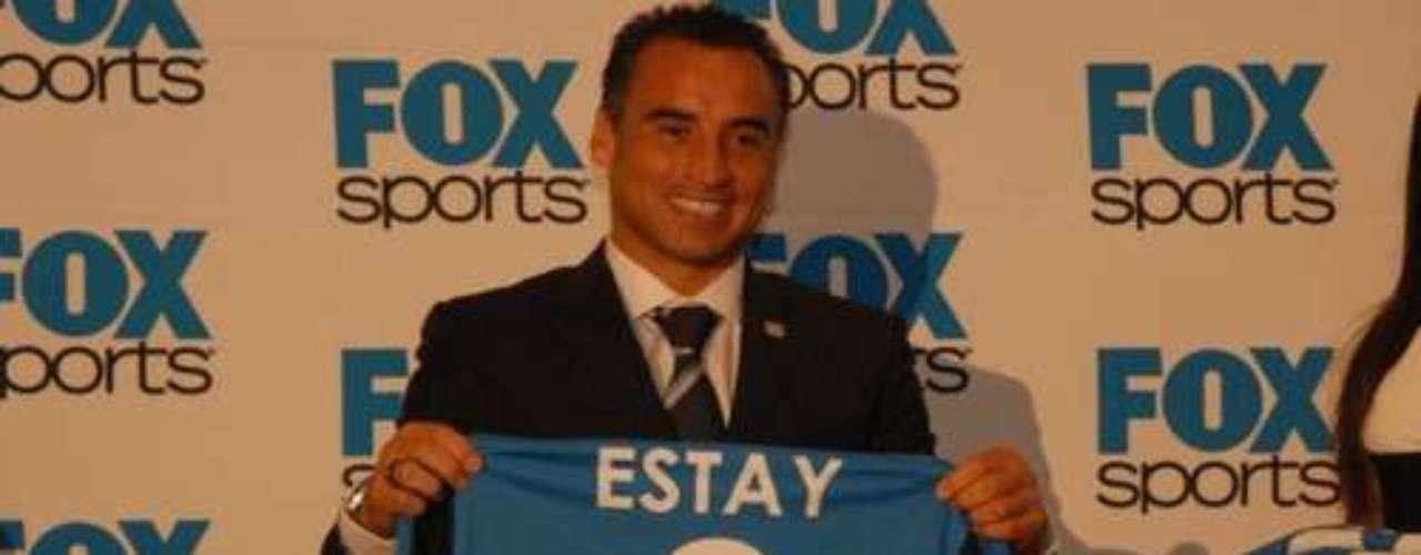 Finalizó su carrera en 2006 con el Palestino (Chile), y poco después, incursionó en otra faceta: comentarista de futbol en Fox Sports, donde permanece.