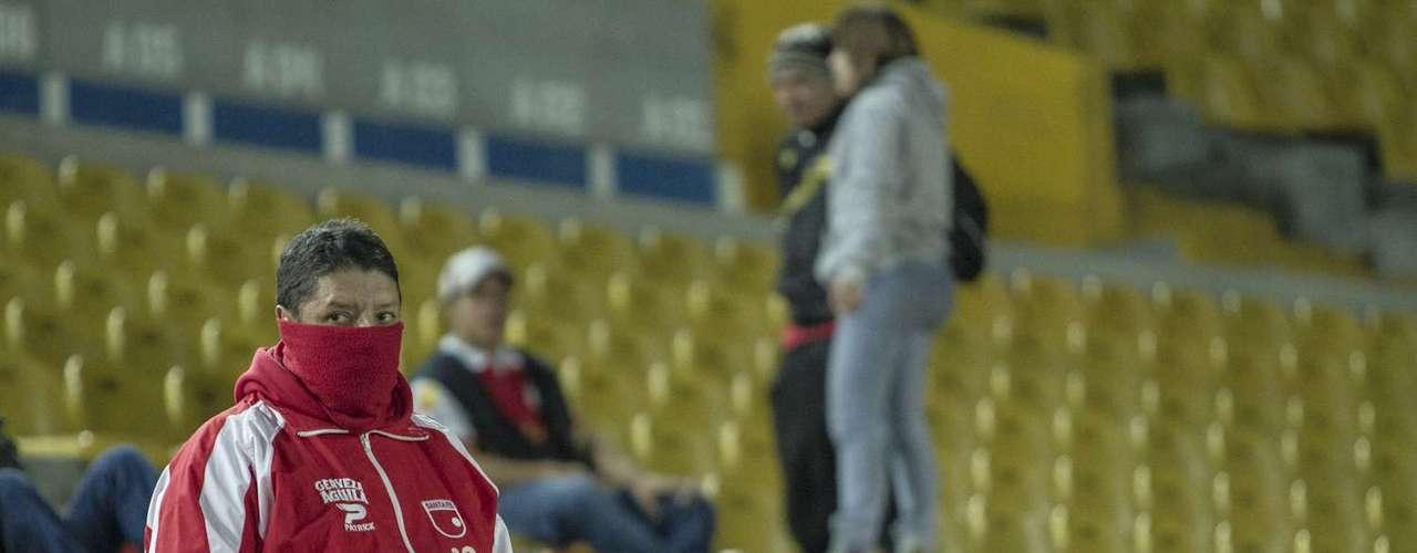 Un total de 6.371 espectadores fueron los que asistieron para ver el Independiente Santa Fe 2-0 Deportivo Pasto en 'El Campín'.
