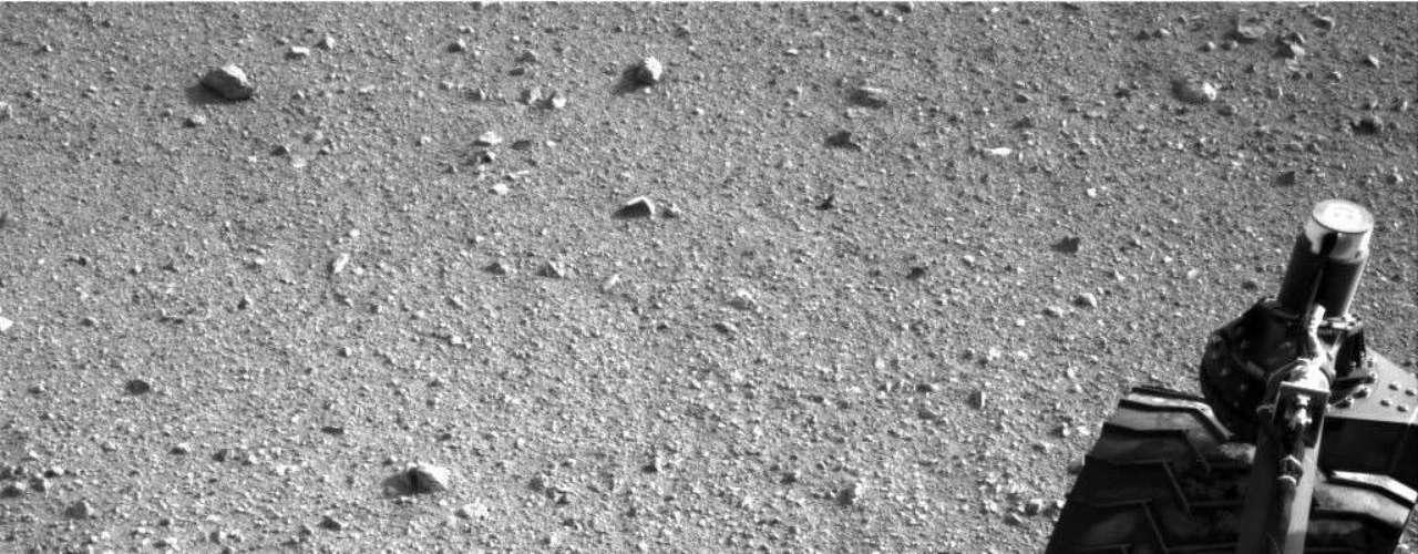 El Curiosity circuló unos 16 metros el martes, en su tercera prueba de conducción hasta ahora, y tomará una pausa de cerca de un día antes de arrancar hacia el este, indicó la NASA en un comunicado.