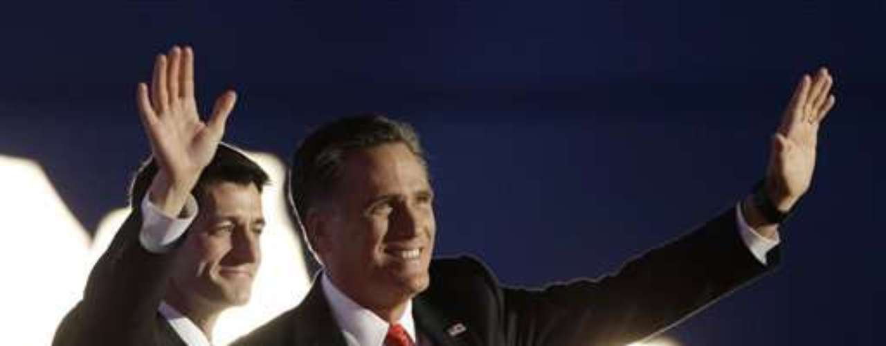 Mitt Romney junto a su fórmula vicepresidencial Paul Ryan, en el cierre de la convención republicana en Tampa, Florida. Los dos candidatos dijeron varias frases dirigidas a Barack Obama