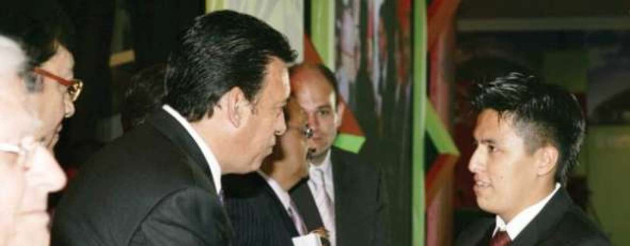 En marzo de 2011, Luis Emmanuel Ruiz Carrillo, de 20 años, viajó de Monclova a Monterrey para entrevistar al animador de Televisa José Luis Cerda Meléndez, La Gata, pero el joven fue plagiado y ejecutado el pasado viernes en la madrugada, junto con su entrevistado y uno de sus primos, por un grupo del crimen organizado. Su cuerpo fue hallado al día siguiente.