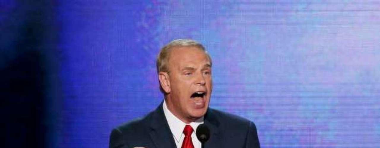 El discurso de Strickland fue uno de los que empezó a calentar la noche. \