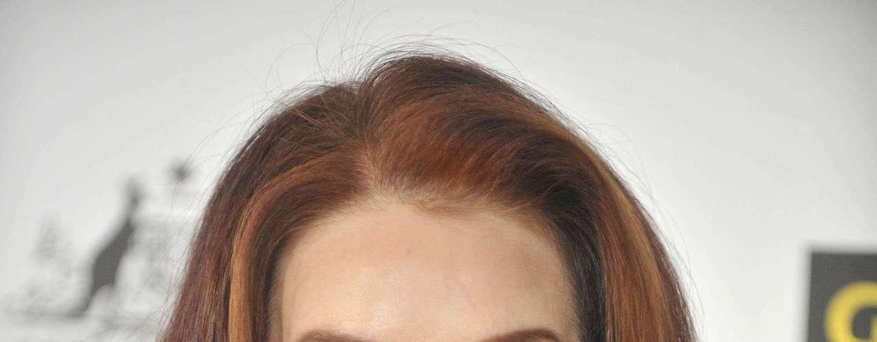 Priscilla Presley, la viuda de Elvis, también se ha sometido a diversas operaciones de estética poco afortunadas que no han hecho sino desfigurar su cara.
