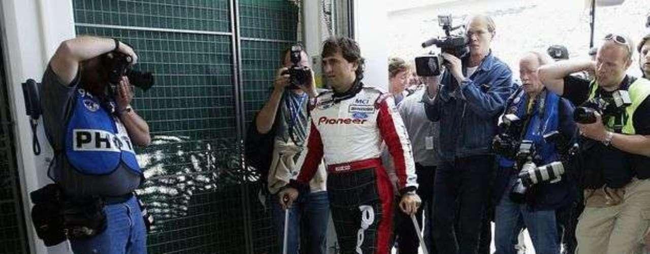 Con una rápida recuperación, el italiano volvió a pilotar en el año de 2003, con un auto adaptado a sus necesidades especiales.