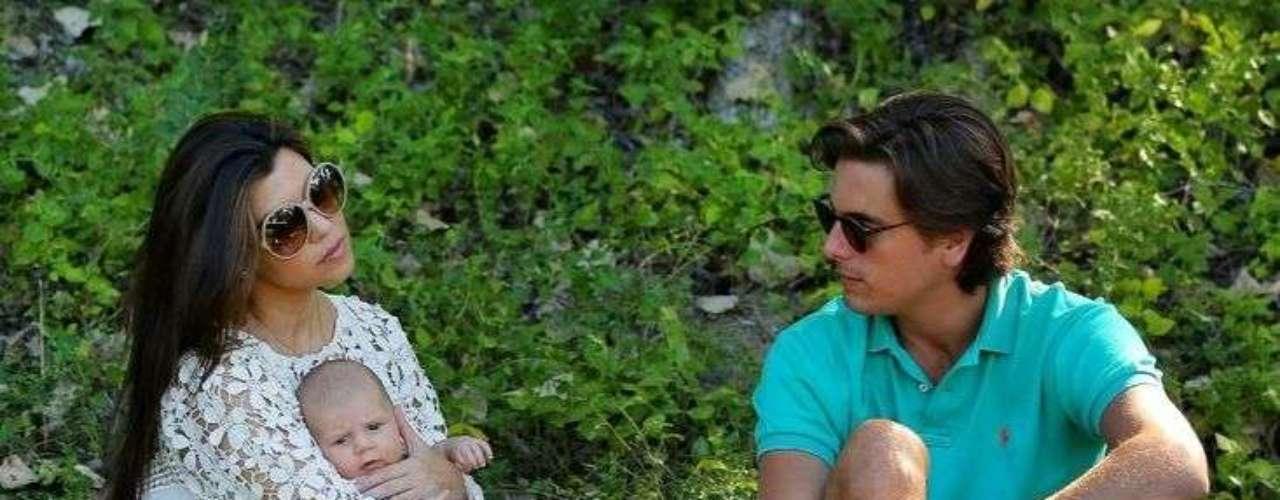 Kourtney Kardashian y Mason Disick salieron de día de campo en compañía de la adorable Penélope