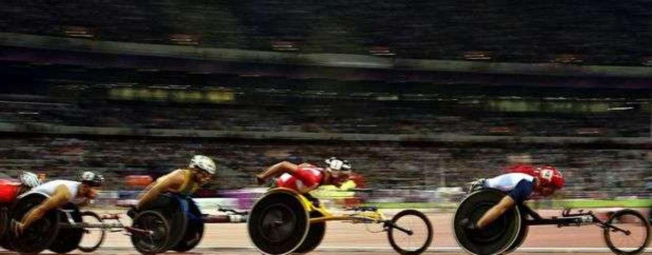El Estadio Olímpico de Londres recibió diversas pruebas de atletismo durante los 8 primeros días de disputas.