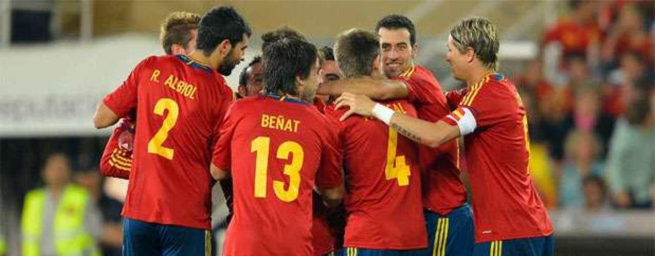 Xavi scored the third goal for Spain.