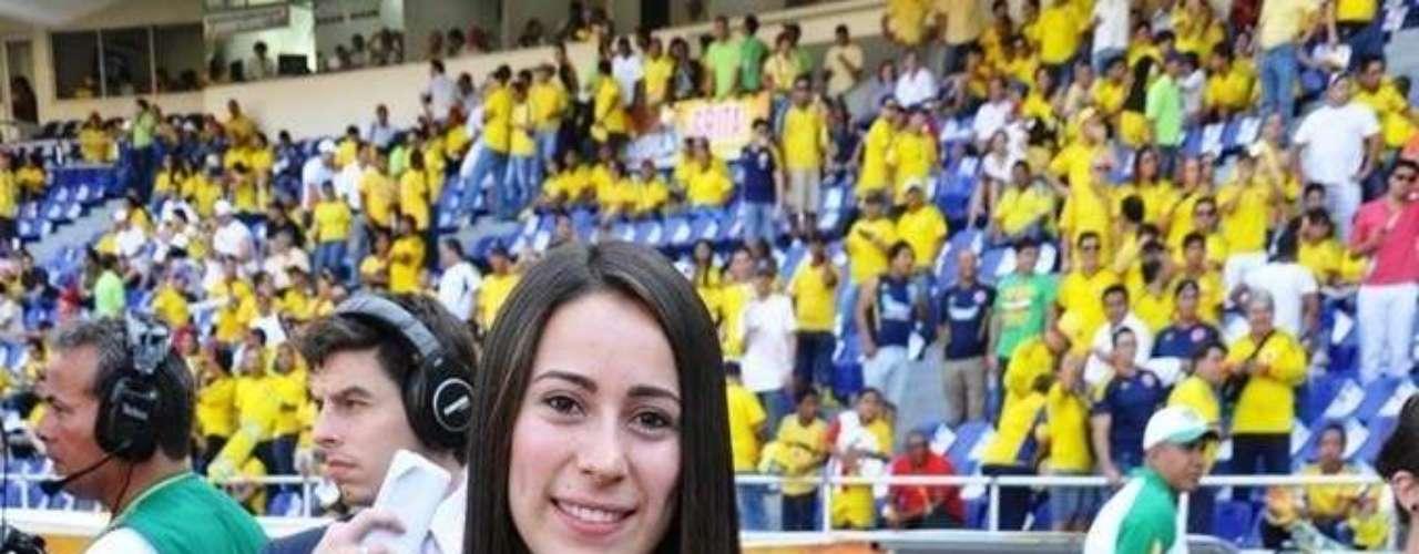 La medallista olímpica Mariana Pajón también estuvo en el encuentro, ahora como fanática apoyó a su país.