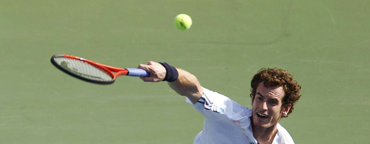 Andy Murray defeated Tomas Berdych in four sets to reach the US Open final.