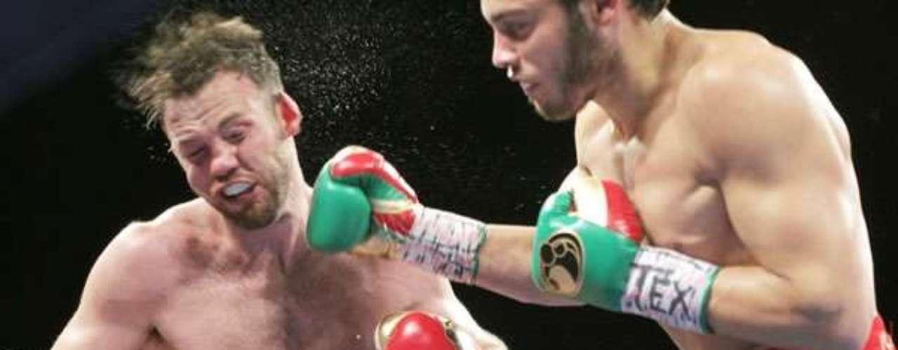 Julio César Chávez Jr., vence a Andy Lee, por nocaut técnico en el séptimo asalto, en El Paso, Texas.