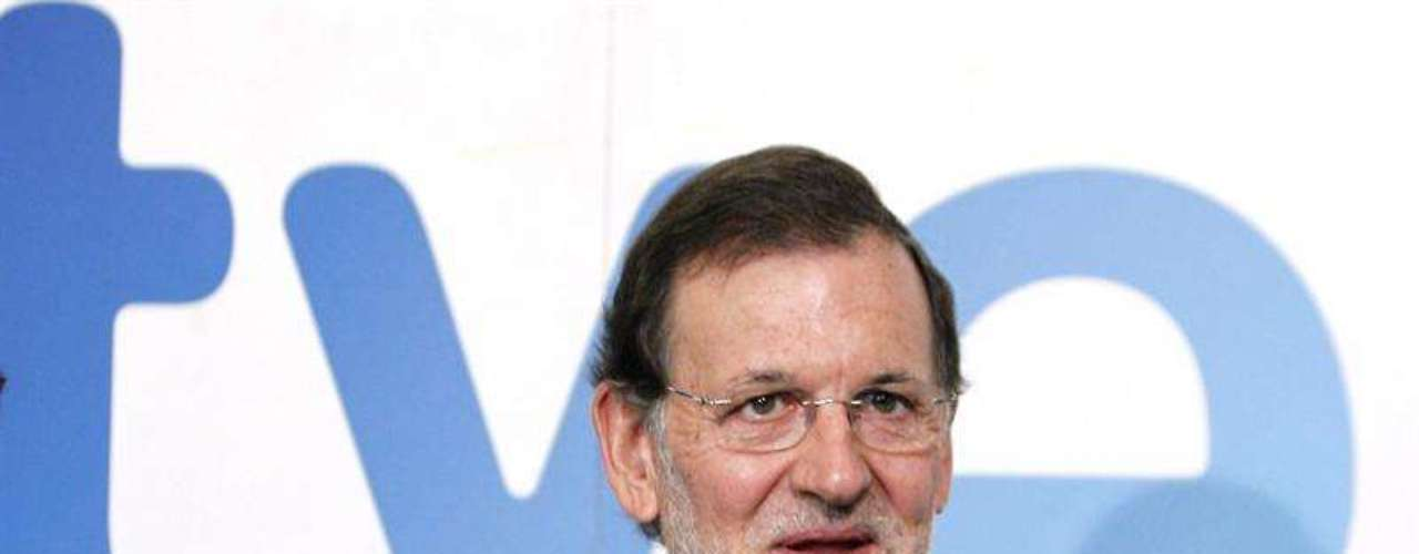 Rajoy fue recibido con abucheos por parte de trabajadores de TVE A su llegada a los estudios Buñuel para realizar la entrevista en la 1 de TVE.