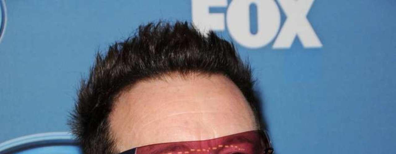 Paul David Hewson es el nombre real del vocalista de la banda de U2.