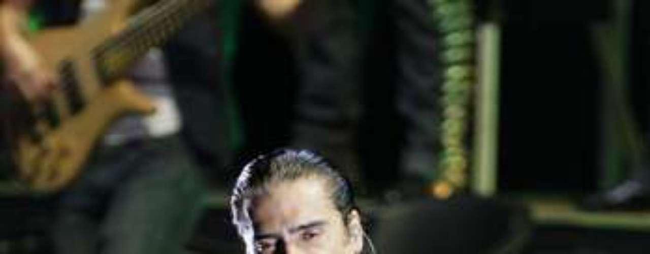 En su performance incluyó 3 temas de Juan Gabriel, que se hicieron famosos a nivel internacional al cantarlos Rocío Dúrcal.