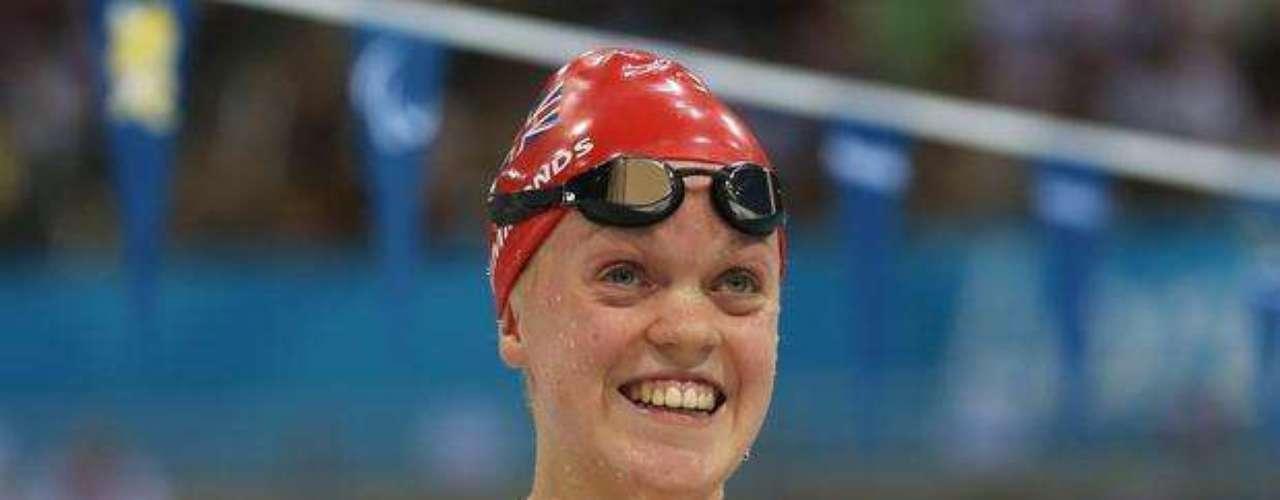 A los 17 años, la británica Eleanor Simmonds, adorada por la hinchada local, animó al público presente en el Centro Acuático con una medalla de oro y el récord mundial en los 400 m libre S6.