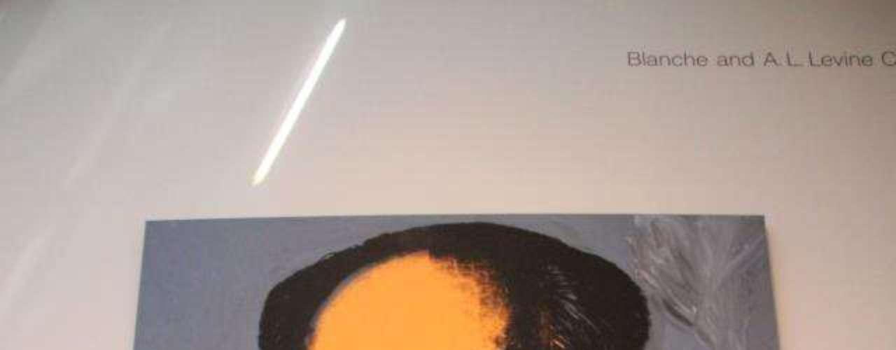 Frente al Mao de Andy Warhol.