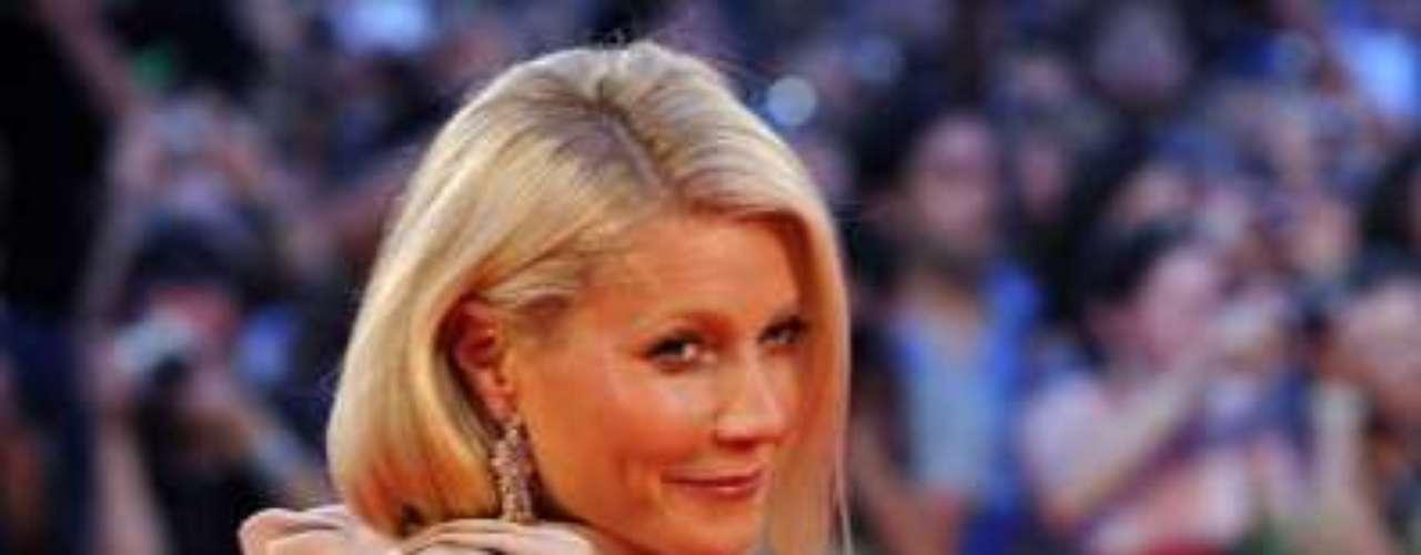Gwyneth es íntima amiga de Stella McCartney y Donna Karan quienes le dan los mejores tips a la actriz además de vestirla para ocasiones especiales.