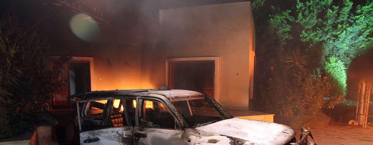 Se informó que el traductor egipcio del consulado fue quien reconoció el cadáver del diplomático estadounidense Chris Stevens.