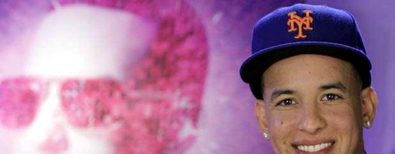 Metimos a Daddy Yankee en la máquina del tiempo, para repasar algunos de los momentos cumbres en su fructífera trayectoria artística, ahora que acaba de lanzar \