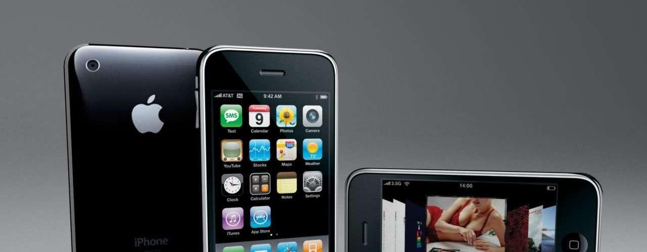 Físicamente, el iPhone 3 era similar al modelo original. Como novedad, soportaba la transmisión de datos por 3G a una velocidad más rápida y tecnología Agps.2.