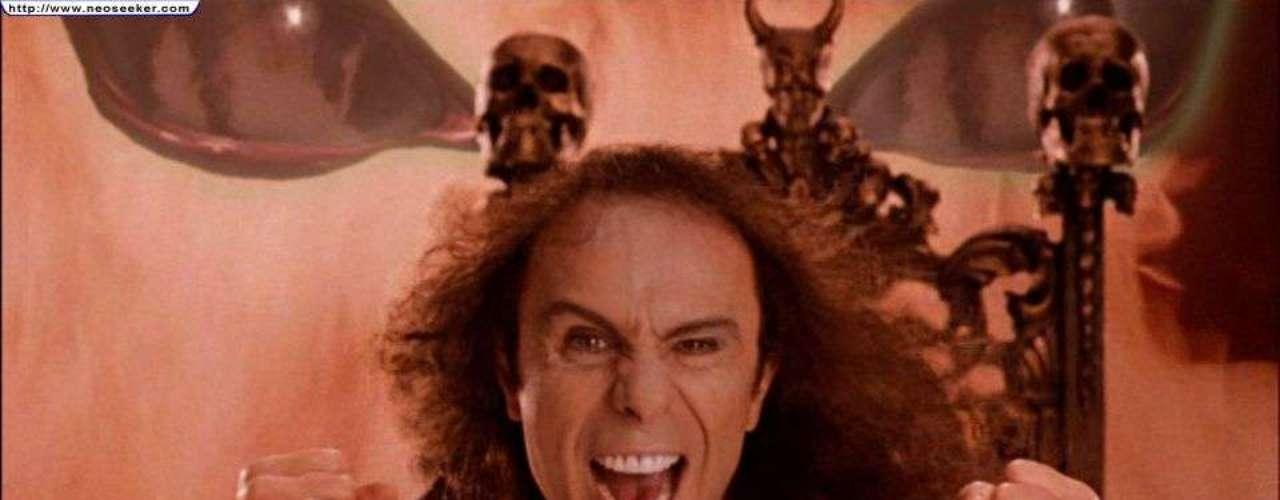 Ronnie James Dio en la cinta de la banda de Jack Black, Tenacious D \