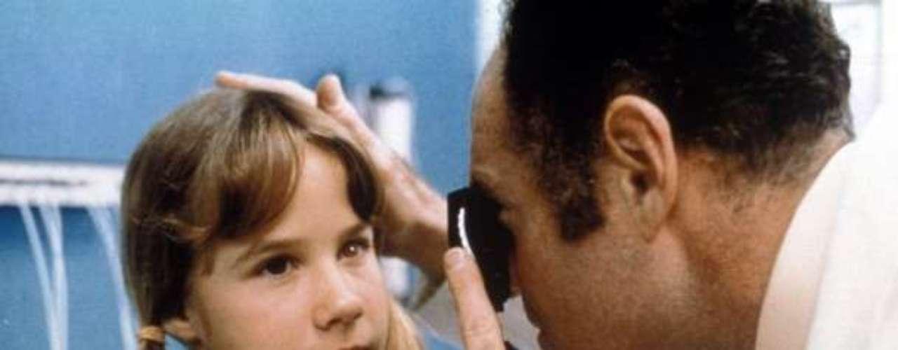The Exorcist (1978). La película de terror más genuina es esta historia basada en un caso real que sucedió en Georgetown, sobre una niña que supuestamente fue poseída por el demonio. Cuando la gente asistió a ver el filme, provocó desmayos, vómitos, y hasta un infarto registrado entre la audiencia.