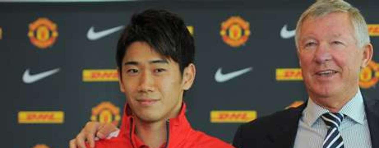 19.- SHINJI KAGAWA: El japonés partió del Borussia Dortmund al Manchester United por 16 millones de euros.