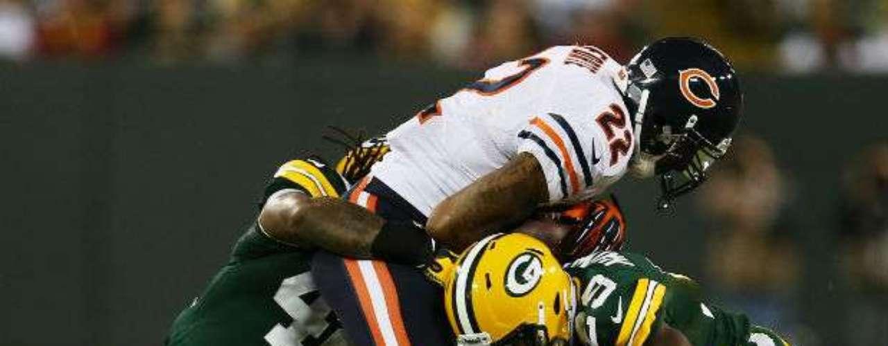 La ofensiva de Bears se vio inoperante y poco pudo hacer para llegar a las diagonales.