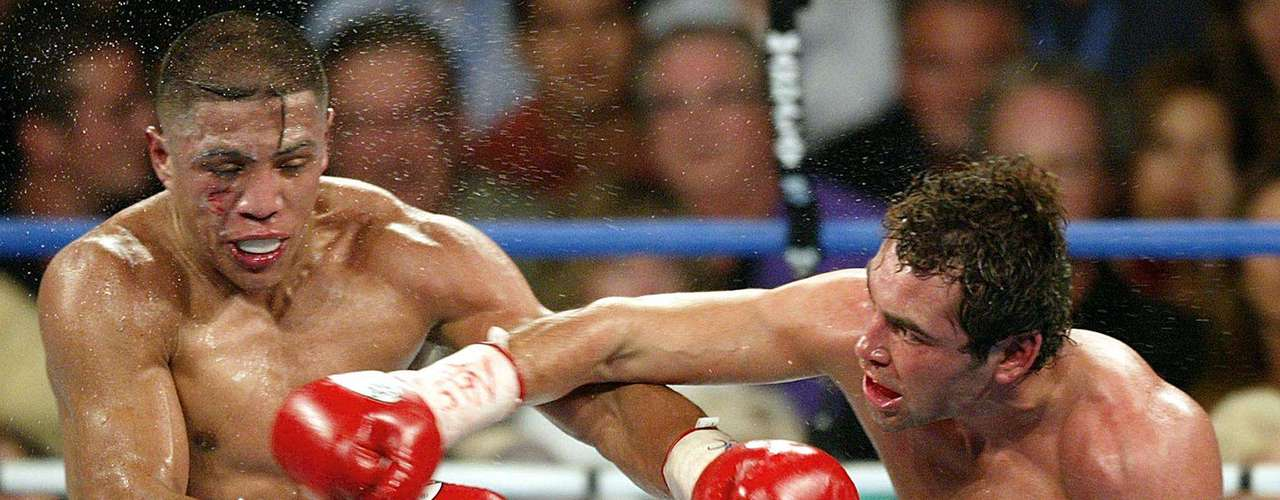 September 14, 2002: De La Hoya returned to victory in Independence Day weekend with a TKO against Fernando Vargas.