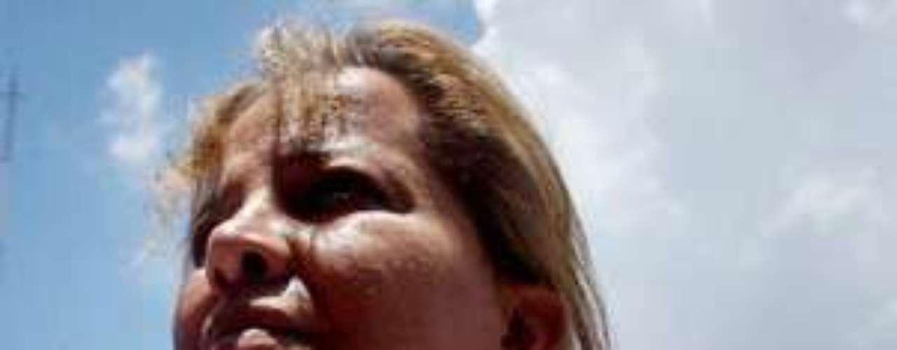 Vicente Carrillo Fuentes, líder del grupo criminal conocido como el cartel de Juárez o la línea basado en Ciudad Juárez, Chihuahua, forma parte de la lista con años de búsqueda por las autoridades. Es hermano del extinto barón de la droga mexicano Amado Carrillo Fuentes.