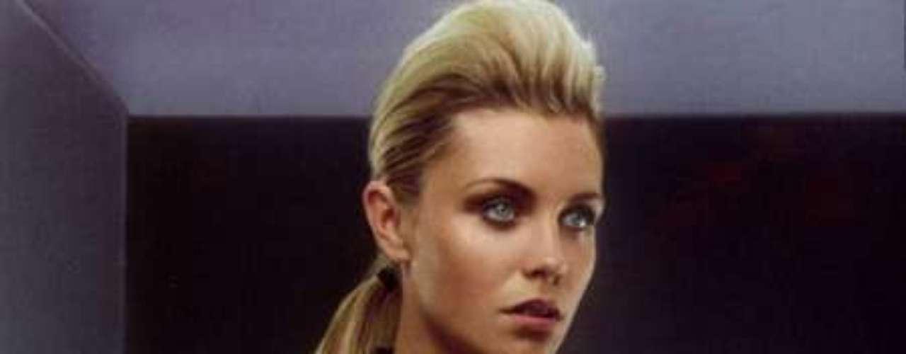 Abigail Clancy: Pareja del futbolista inglés Peter Crouch
