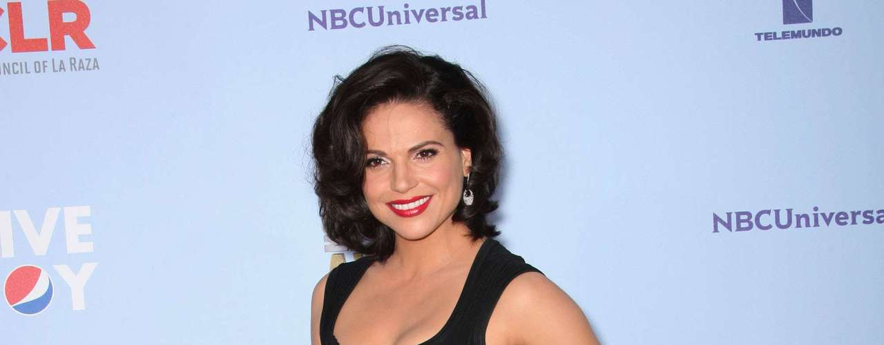 Lana Parrilla finally landed on a hit tv series with 'Once Upon A Time' after a string of flops like 'Windfall' and 'Swingtown.' Now she just needs to land a good stylist. Fashion MISS!