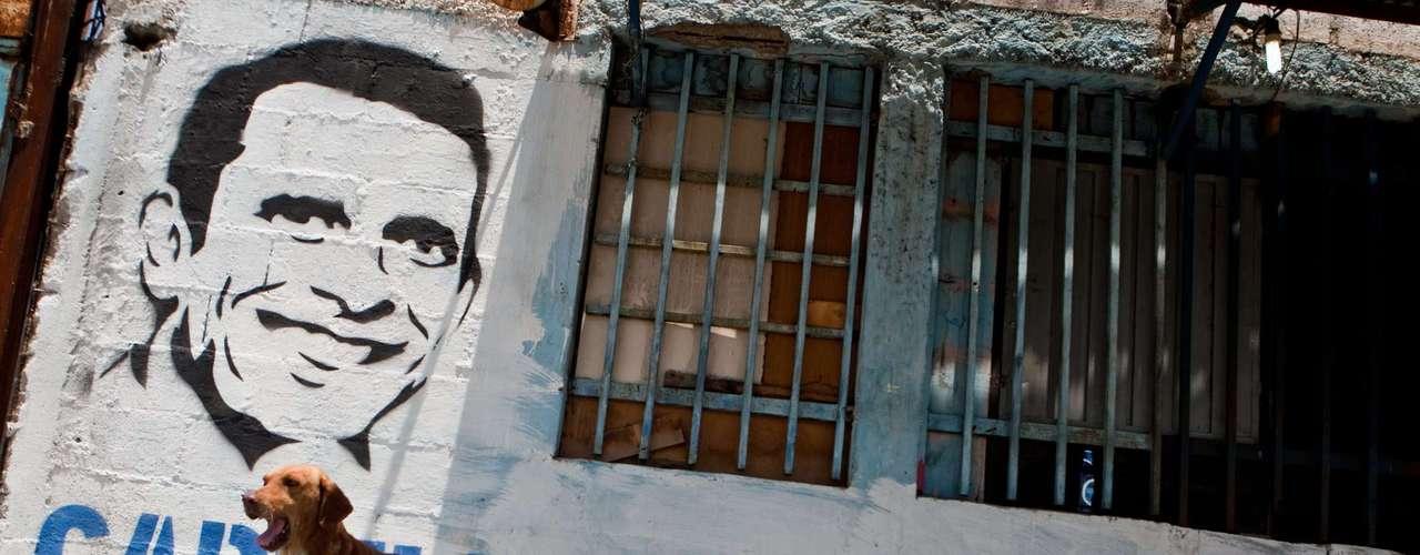 El tema de la seguridad es uno de los puntos principales de la campaña de Capriles, cuyo lema es \