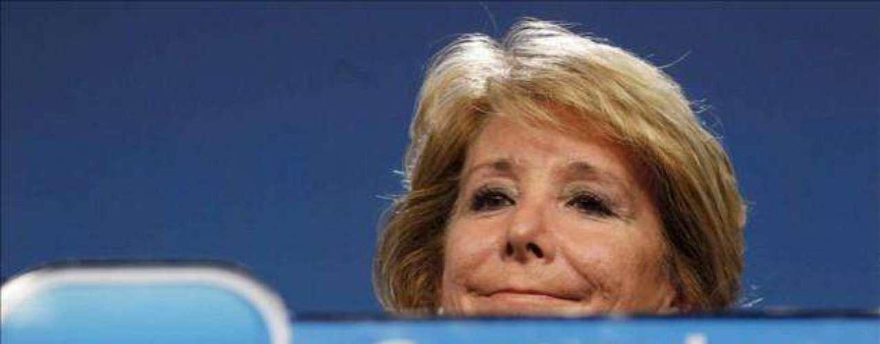 La presidenta de la Comunidad de Madrid, Esperanza Aguirre, ha anunciado su dimisión como diputada regional y jefa del Ejecutivo madrileño. Se retira así, tras casi 30 años de actividad, del plano político.