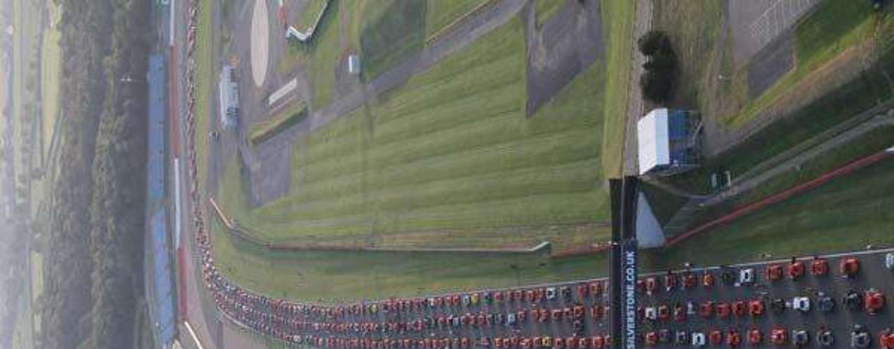 Fotos Desfile record de Ferraris