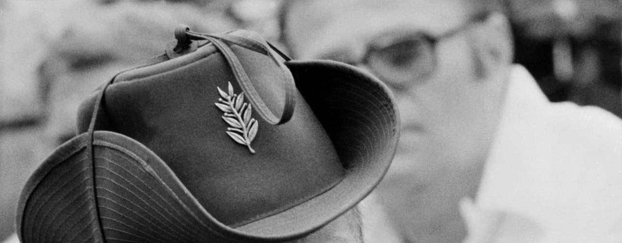 El oficial del ejército panameño Omar Torrijos encabezó el golpe de estado de 1968 en su país y se convirtió presidente de 1969 a 1981, gobernando por un total de 12 años.