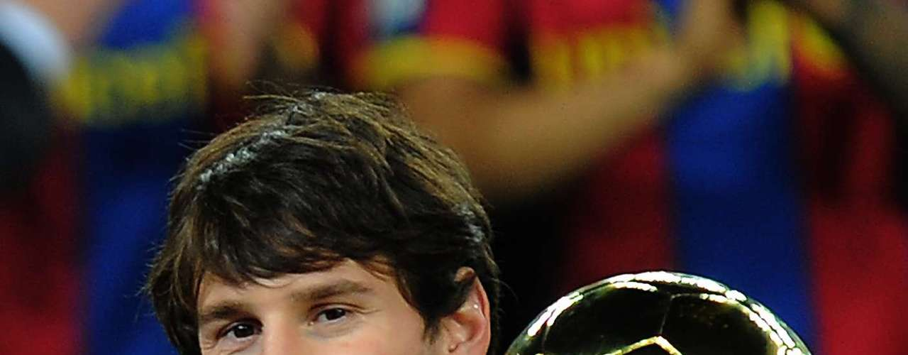 After winning the UEFA Super Cup in 2009, the Barcelona manager, Pep Guardiola, assured that Messi is the best player he has ever seen. On September 18, 2009 Messi signed an extension through the year 2016 with an opt-out clause of 250 million Euros. On January 16, 2010, at 22 years old, he became the youngest players to reach 100 goals with Barcelona.