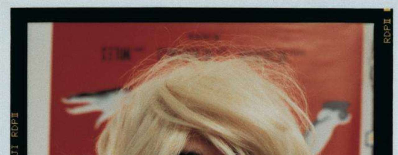 Fotografía de un autoretrato de Douglas Gordon como Kurt Cobain.