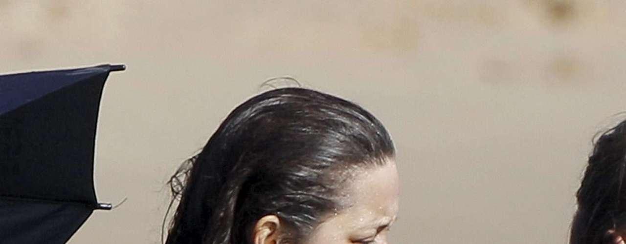 La actriz francesa Marion Cotillard sufrió un descuido en pleno rodaje.