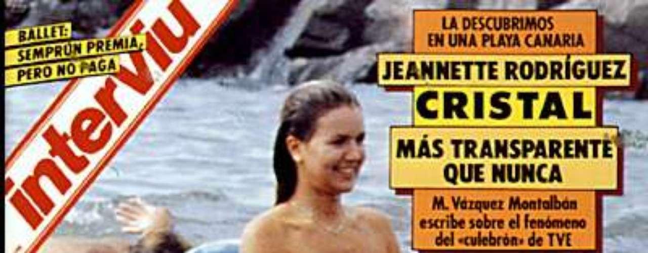 En la década de los años 90 una de las portadas que causó furor fue la de Jeannette Rodríguez, protagonista en aquel momento de Cristal, la telenovela de moda. Las imágenes de la actriz en topless las publicó en España la revista Interviú.