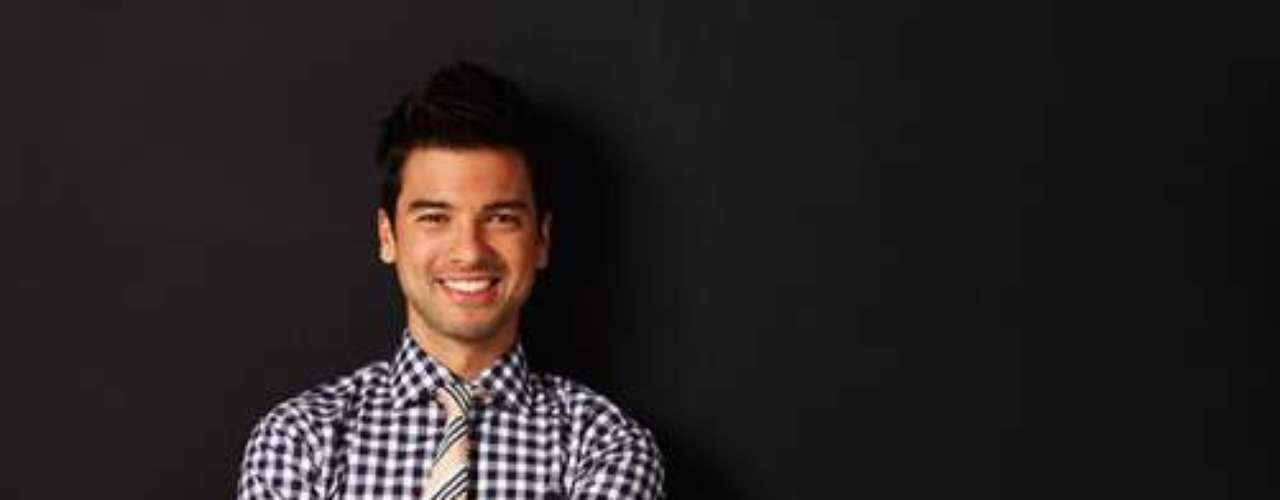 Leandro Chino Leunis. Locutor nacional, conduce Románticos en FM La 100 y Latin Bites Argentina en E! Entertainment Television.