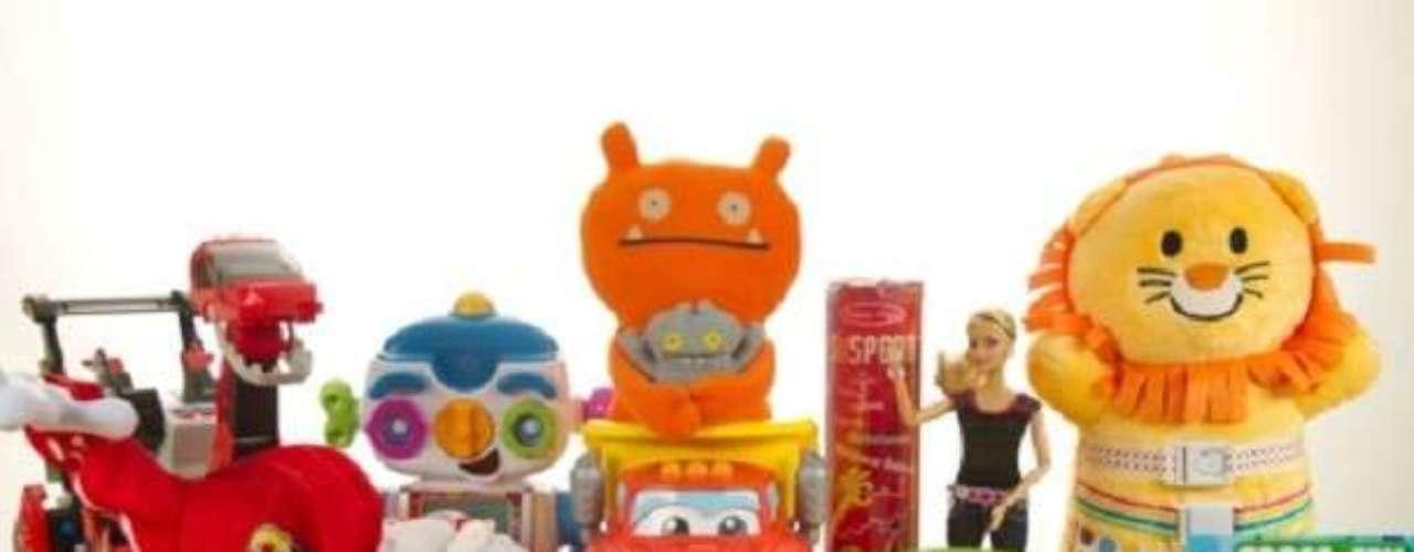 Faltan 3 meses para la Navidad, pero ya se conocen los juguetes que más le pedirán los niños a Santa. La cadena Toys R Us reveló la lista de los HOT 15 juguetes del año, que incluye muñecos de la banda One Direction, el espeado Wii U, el nuevo Furby y la tableta para niños Leappad2.