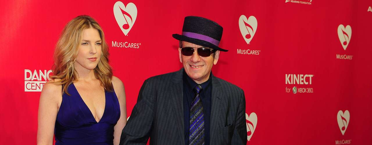 Diana Krall, la cantante casada hace con Elvis Costello tuvieron a Dexter y Frank