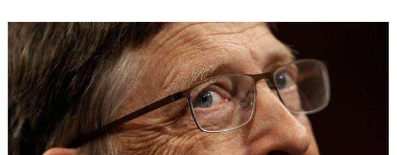 Bill Gates, creador de Microsoft, quien posee una riqueza de 61 mil mdd, se dio un \