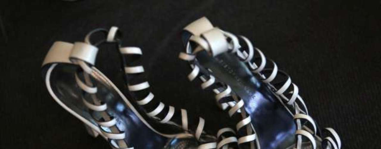 Estas sandalias de Philip Treacy son lo más.