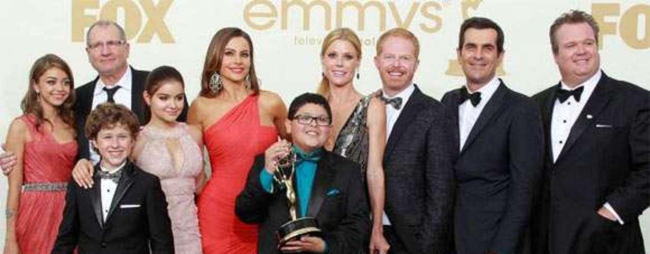 'Modern Family' es una de las comedias más nominadas y con más premios en los últimos dos años. Entre los ganadores están sus compañeros de elenco Ty Burrell, Eric Stonestreet e incluso Julie Bowen, que le ganó a Vergara el año pasado en su categoría.