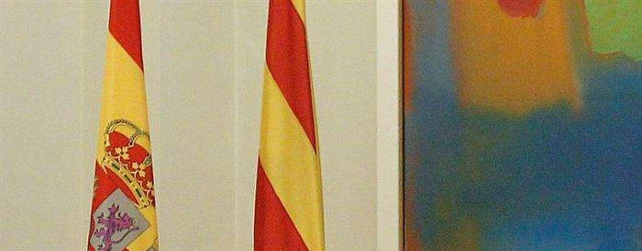 Al término de la reunión, Mas, que ha renunciado a ofrecer una rueda de prensa en Moncloa, informará a los periodistas del se trasladará a la sede del Gobierno catalán en Madrid para informar a los periodistas del encuentro.