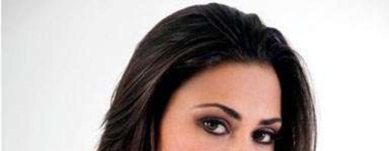 Miss Bolivia - Yessica Mouton Gianella. Nació en 1987. Habla inglés con fluidez  y está estudiando relaciones públicas en Nur. Mide 1.72 metros de estatura, su cabello es negro y sus ojos cafés.