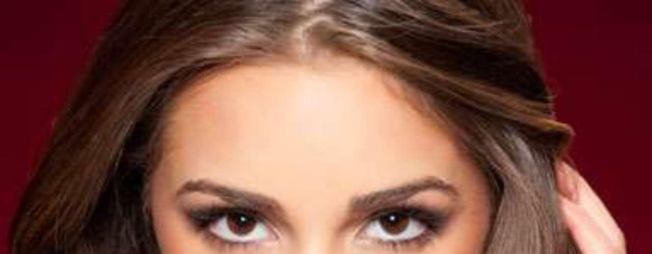 Miss Estados Unidos - Olivia Culpo. Nació en Cranston, Rhode Island, el 8 de mayo de 1992. Es modelo profesional, desde niña practica el violoncello y cursa su segundo año de estudios en la Universidad de Boston. Mide 1.70 metros de estatura. Su cabello es castaño y sus ojos color café.